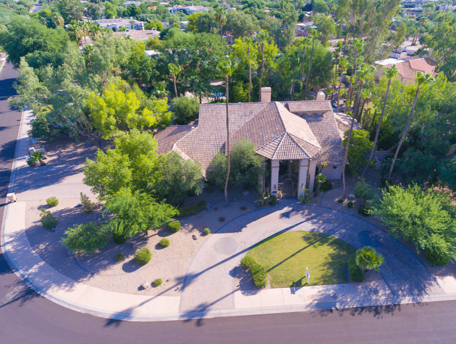 Beautiful home for sale in Paradise valley Arizona, offered by Allison Guiltere